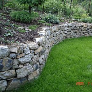 Garden wall – Brno, Dostalova