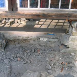 Oprava kamenného soklu – Čeladná uFrenštátu pod Radhoštěm