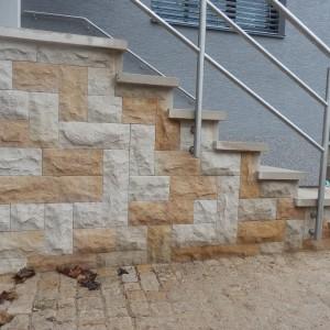 Kamenný obklad adlažba – Hořice, Erbenova