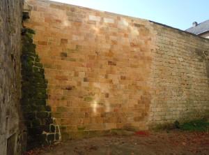 Rekonstrukce zdi – Hrubá Skála, zámek