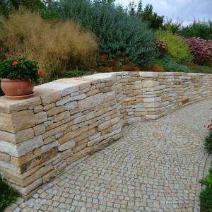 Zahradní zdi – Kobeřice uBrna