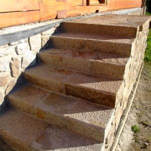 Zápraží se schodištěm – Lhotka uŽďáru nad Sázavou