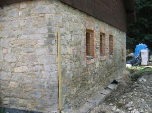 Obnova kamenného domu – Stará huť uAdamova